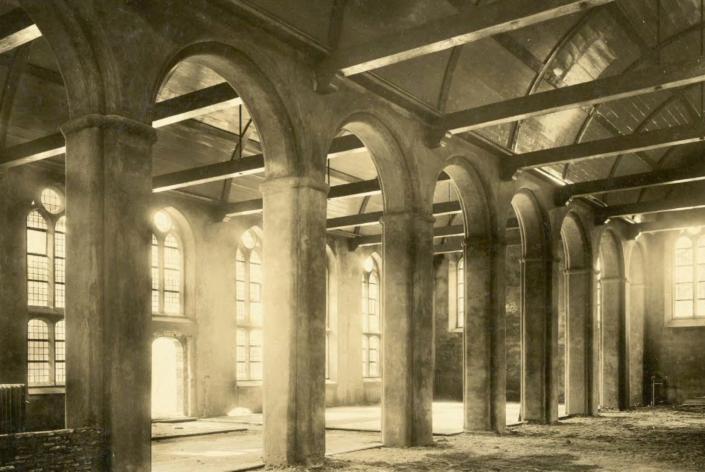Gasthuis Leeuwenbergh oud